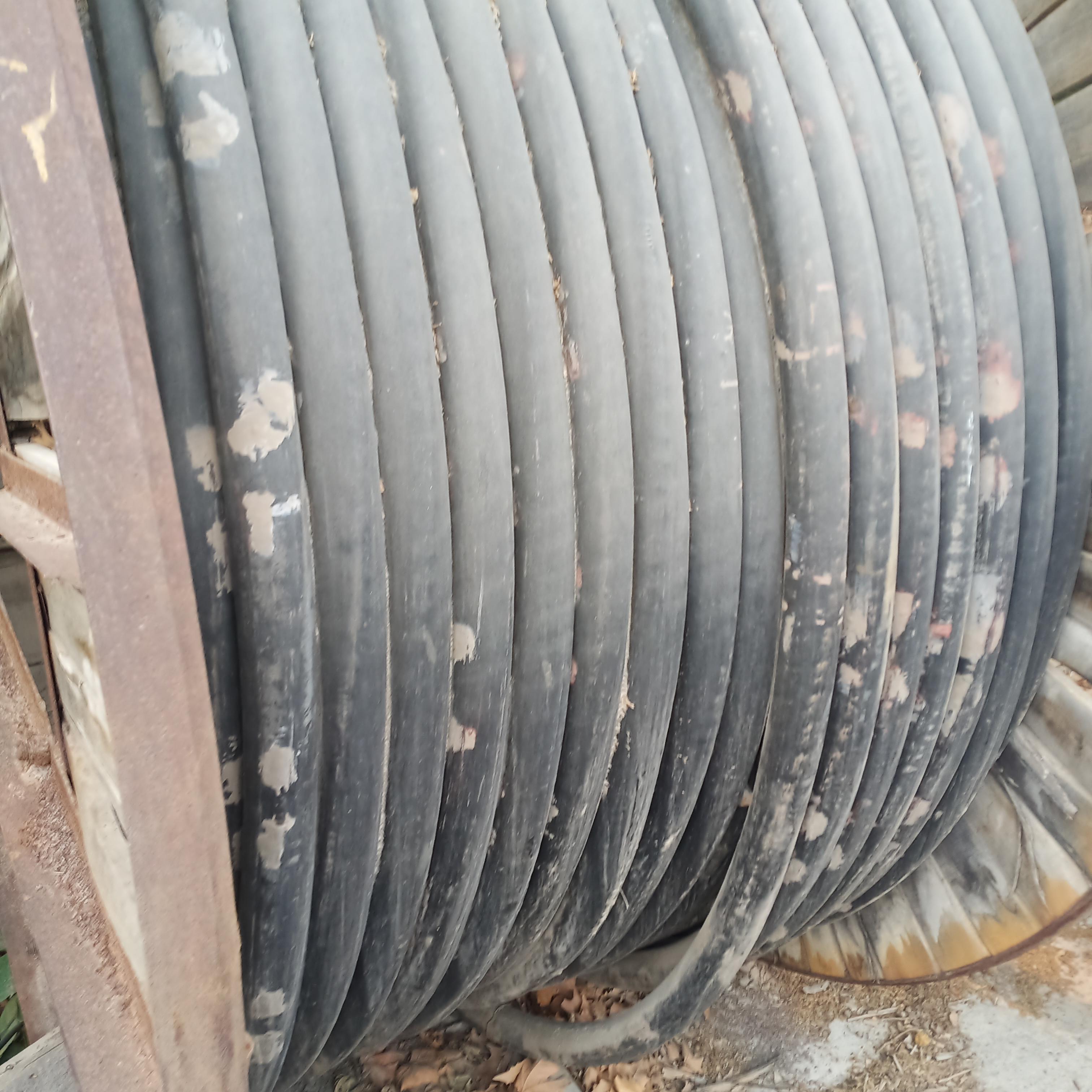 电缆回收,废旧铜芯电缆回收价格/24小时上门回收